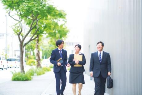 学科の特徴 POINT1 コンピュータ未経験者でも安心 レベルに合わせた授業・カリキュラム